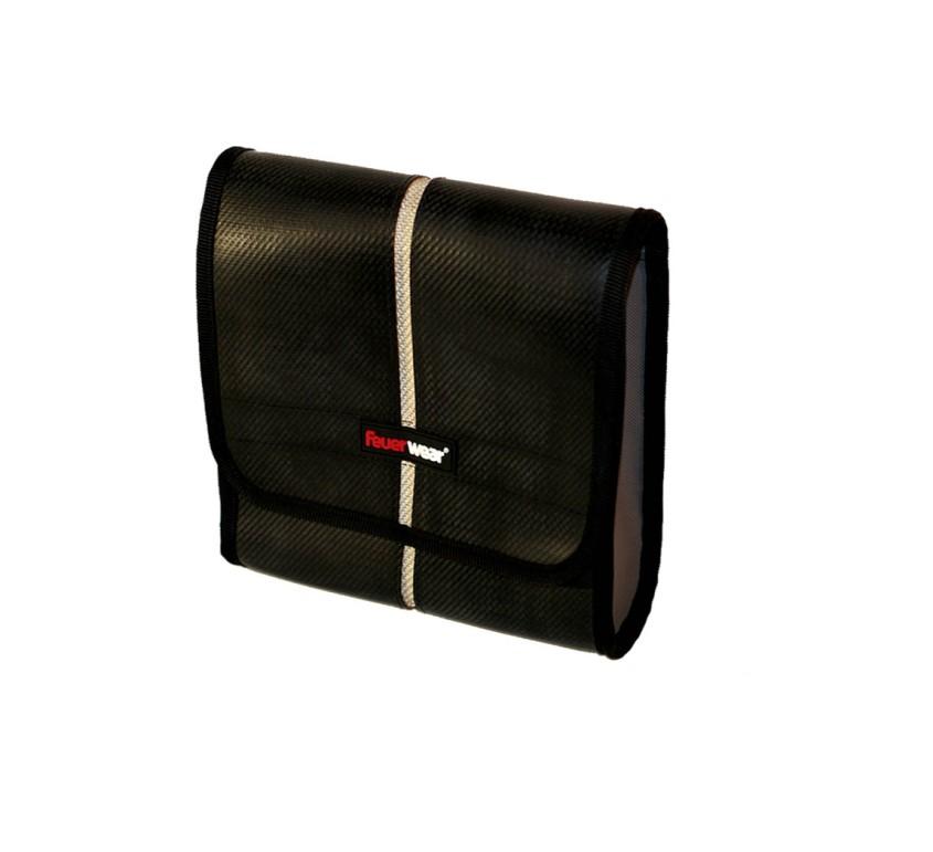 sac-feuerwear-carl-noir-ecologique-recycle-lance-a-incendie-monde-ethique_20140205140041